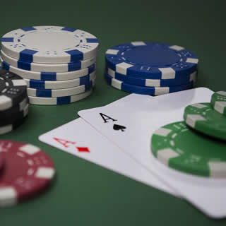 Ultimate Texas Hold 'em Poker
